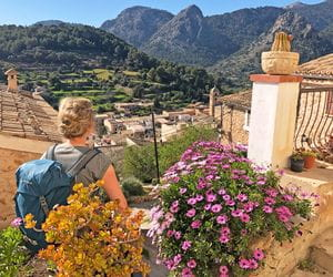 eurohike-walking-tours-mallorca-bunyola-hiker