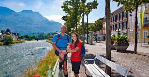 Wanderrast an der Promenade in Bad Ischl