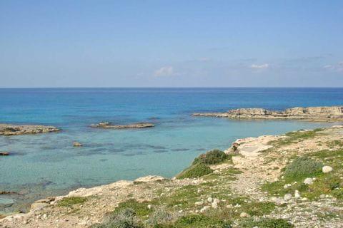Türkisblaues Meer in Zypern