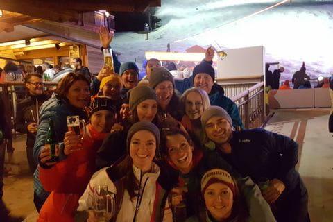 Gruppenfoto Aprés-Ski