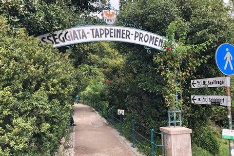 Eingang zur Tappeiner Promenade