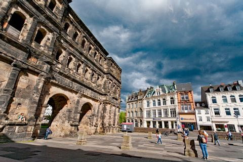 Hiking to Porta Nigra in Trier