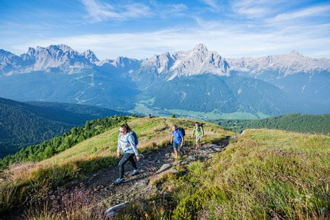 The Austrian-Italian mountains are explored on the Carnic High Trail