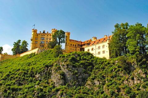 Beautiful hiking trails to Hohenschwangau castle