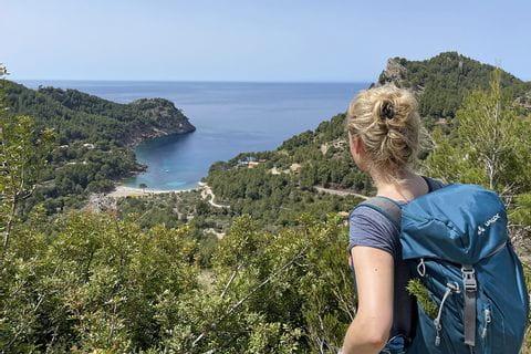 Blick auf die Küste beim Wandern auf Mallorca