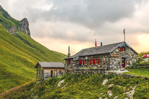 Rotstockhütte at the foot of the Schilthorn
