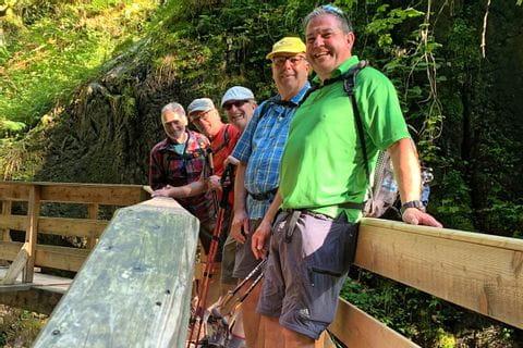 Herr Preusche und Wanderfreunde in den Bayerischen und Salzburger Alpen