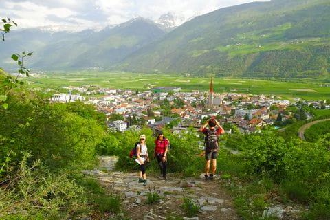Wanderer in Südtirol auf den Spuren der Römer