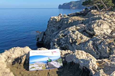 eurohike-walking-tours-mallorca-travel-documents