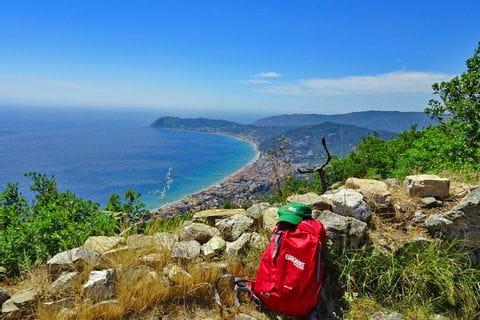 Break at the ligurian coast