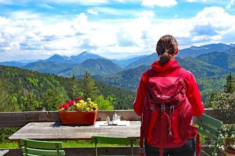 Hiker enjoyes mountain panorama