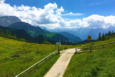 Wanderpfad in den Bayrischen und Salzburger Alpen