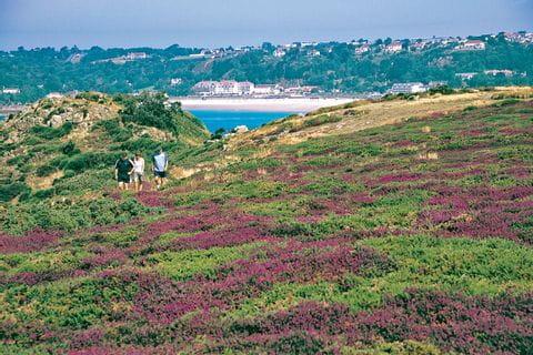 Wandern durch die schöne Wanderlandschaft von Normandie