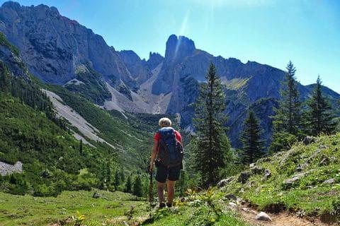 Unberührte Wanderwege entlang des Gosaukamms