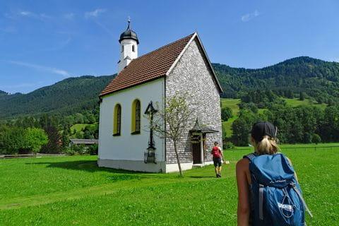 Kapelle am Wanderweg von König Ludwig