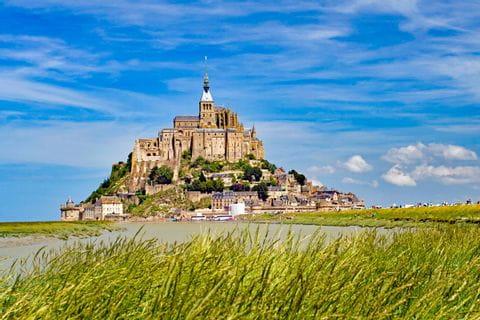 Einzigartiger Wanderblick auf Mont Saint-Michel
