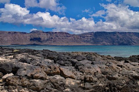 Hiking experience on the sea of ​​Lanzarote