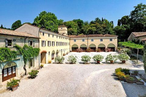 Malerische Villa Serego Alighieri