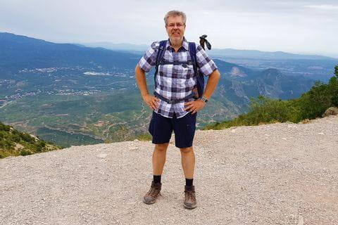 Herr Kinzel mit panoramareichen Aussichten auf das Herz Kataloniens
