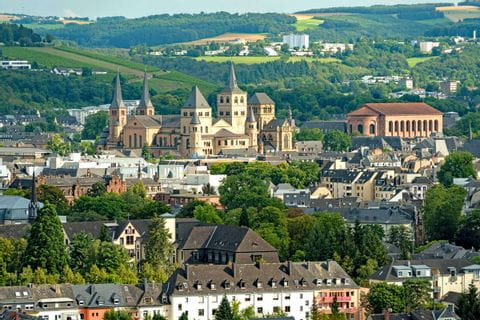 Panoramic hike overlooking Trier