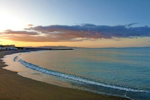 Sonnenuntergang am Strand von Cecina Mare