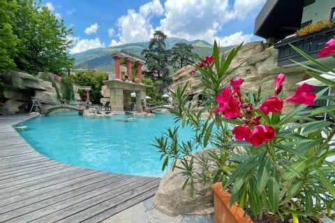 Hotel Four Seasons Pool