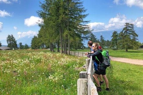 Circular hike in Mölten