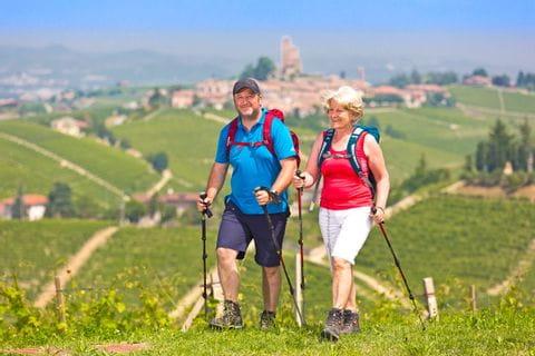 Hiking experience around the medieval village Serralunga d'Alba