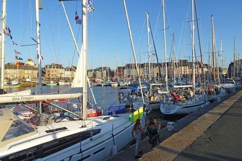 Hafen von Paimpol, Anreiseort der Wanderreise in der Bretagne