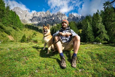 Wandern-mit-Hund Kitty Fotolia