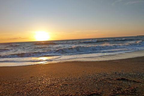 Sonnenuntergang am Meer in der Toskana