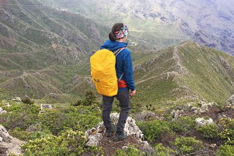 Wanderer am Höhenweg im Teno Gebirge