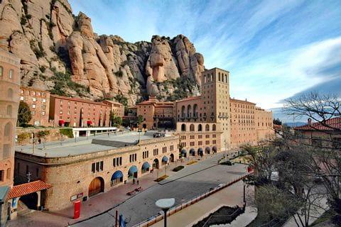 Sehenswürdigkeiten im Etappenort Montserrat - Ziel der Wanderreise