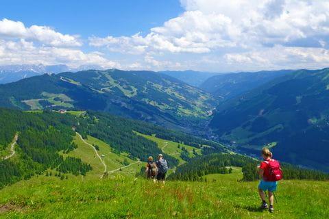 Valley hike to Hinterglemm