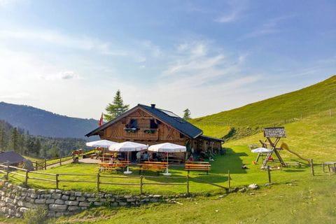 Traditionelle Unterkunft auf der Genneralm: Poschn Hütte