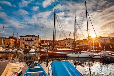 Gorgeous sunset at the port of Bardolino