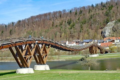 Hiking trail to the wodden bridge Essing at the Naturpark Altmühltal