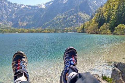 Wanderpause am Wolfgangsee
