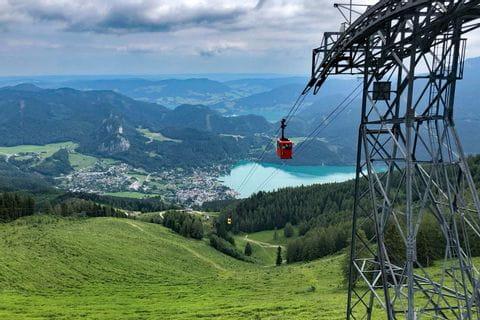 Zwölferhornbahn St. Gilgen mit Blick auf den Wolfgangsee