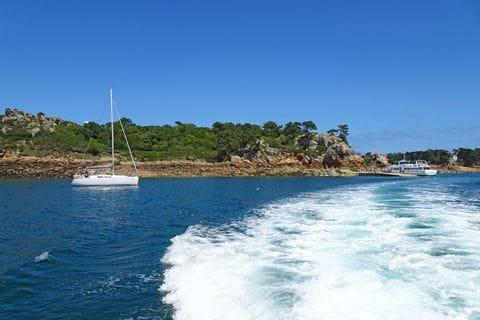 Kurze Bootfahrt zu den Wanderwegen auf der Île de la Brehat