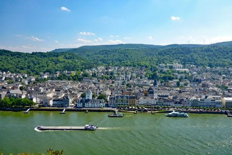 Panoramic views on the Rheinsteig
