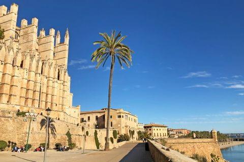eurohike-wanderreisen-mallorca-palma-kathedrale-heilige-maria