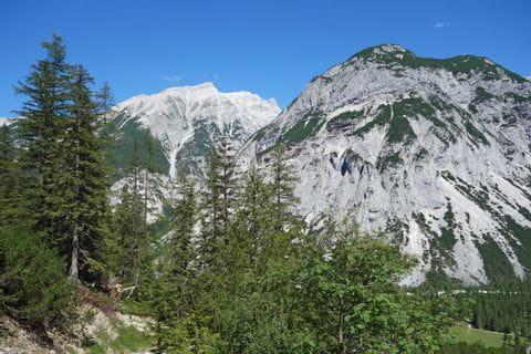 Gipfelblicke auf den Halleranger