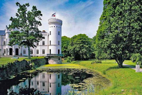 Charming castle hotel Schlemmin