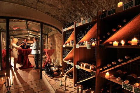 Hotel Weißes Rössel Sankt Wolfgang Wine Cellar