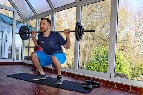 Michael beim Workout Zuhause