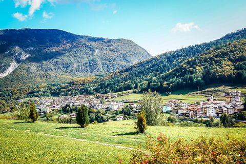 Herbstliche Landschaft in Südtirol